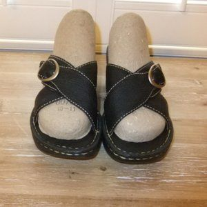 BORN HANDCRAFTED BLACK LEATHER WEDGE SANDALs -6M